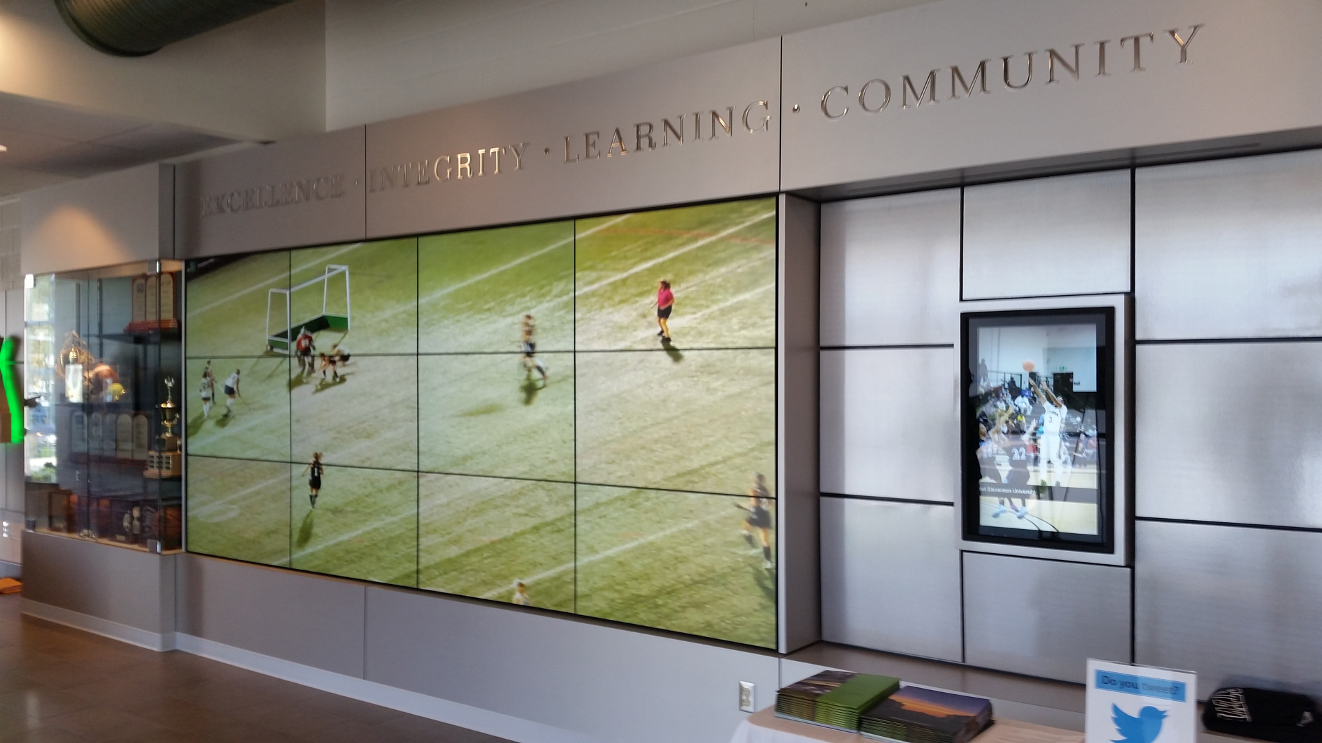 Video Wall With Interactive Digital Signage